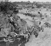 Lord Robert's advance on Pretoria - Transports crossing the Zand River